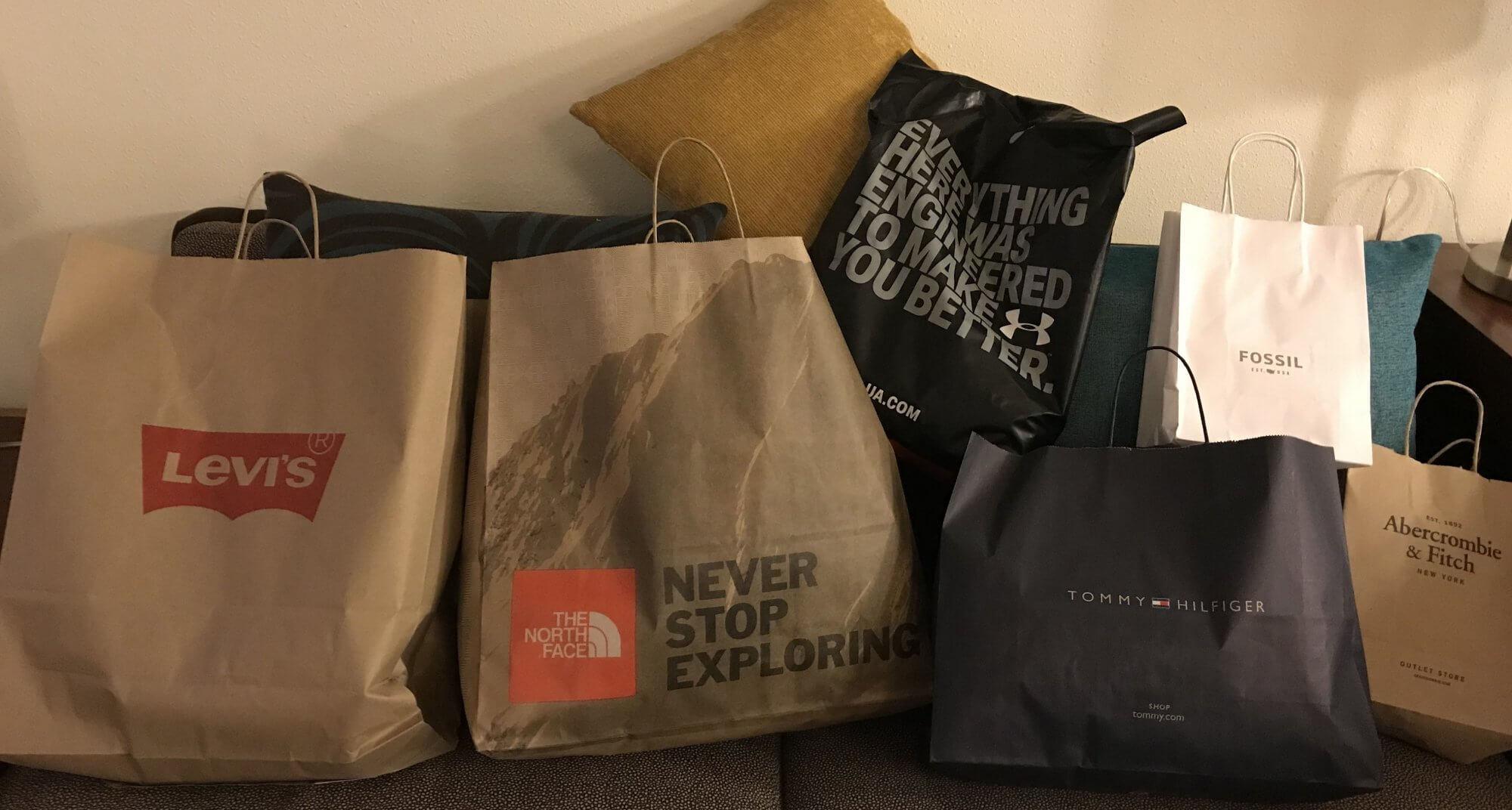 Einkauf Kleidung USA